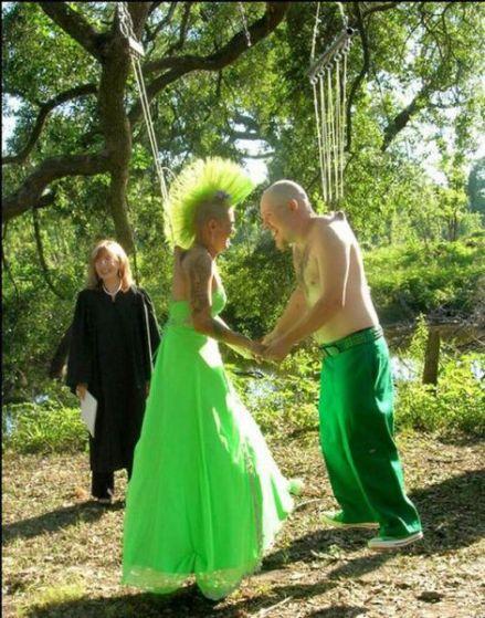 awesome_theme_weddings_640_38