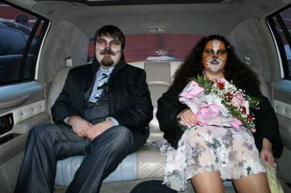 Crazy_Wedding_Theme_15