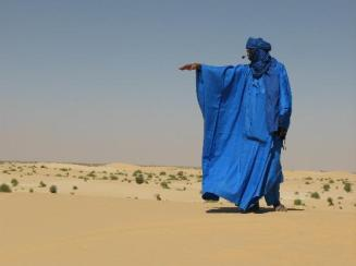 Tuaregue-aspashomem-azulaspas-do-Saara1